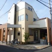 雨漏りは外壁塗装では防げません 西東京店