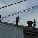 工場屋根の雨樋清掃事例 調布店